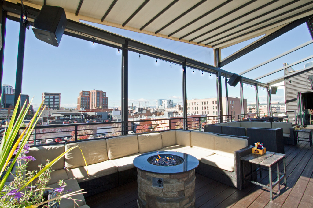 Awesome Outdoor Rooftop Deck Accommodates 100 Seated U0026 300 Cocktail Reception.  ViewHouse ...